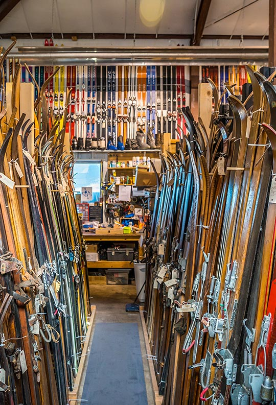 SHOP vintage & antique SKIS