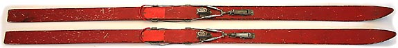 Hybrid antique wood skis.